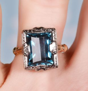 Estate Jewelry Antique Art Deco Solid 10K 2 Tone Deep Blue Colored Glass Ring