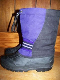 Women's Girls Size 4 Winter Snow Boots Snowmobile Felt Lining Purple Black Warm