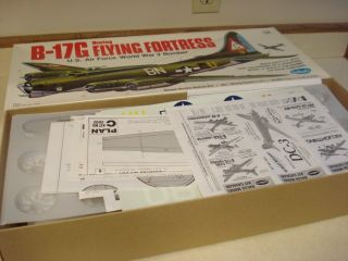 Guillows Boeing B 17g Flying Fortress Model Airplane Kit