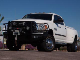 Like New 2011 RAM 3500HD SLT Big Horn Crew Cab 4x4 Dually Turbo Diesel Loaded