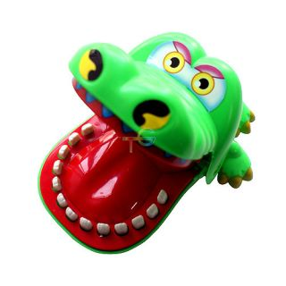 S9Q Crocodile Mouth Bite Party Family Finger Game Boy Girl Kids Geek Toy Gift