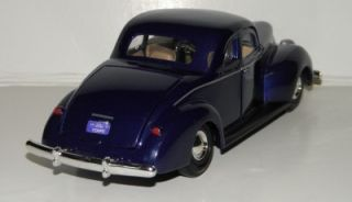 "Motormax 1940 Ford Deluxe Coupe Diecast Car 1 24 G Scale 8"" Length B"