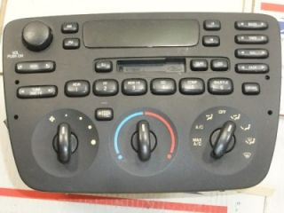 Radio Am FM Stereo Cassette Player w AC Heat Control 2000 Ford Taurus Sable