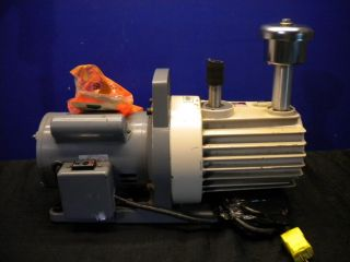 Hitachi Cutevac Direct Drive Rotary Vacuum Pump Model 160VP
