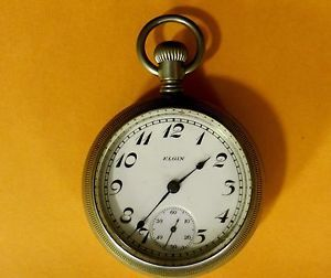 Vintage 1928 Elgin 7 Jewel Alaska Metal Case Pocket Watch