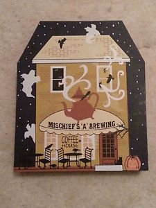 Cats Meow Village Halloween Holiday 2013 Mischiefs A Brewing Coffee House Le New