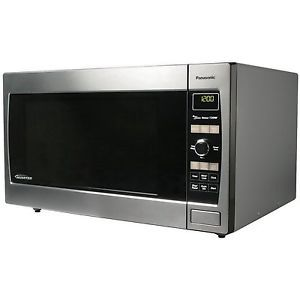 Panasonic NN SD967S 2 2 CuFt 1250 Watt Stainless Steel Microwave Oven Inverter