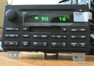 New 2003 2006 Ford Expedition CD Cassette Player Radio