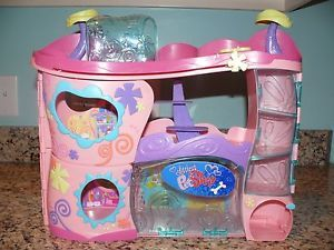 Littlest Pet Shop LPS Cozy Care Adoption Center Playset