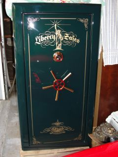 Liberty Presidential Gun Safe PX 25 Emerald Green w Gold Plated Lock and Wheel