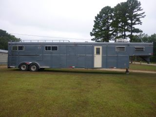 Custom 40' 6'w 7'H Gooseneck 4 Horse Trailer w Living Quarters WOW