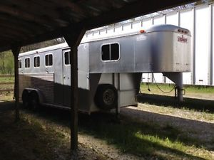 4 Horse Trailer Sooner All Aluminum 1995