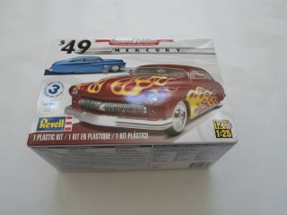 1949 Mercury Chopped Top Sedan 1 25th Scale Model Car Kit