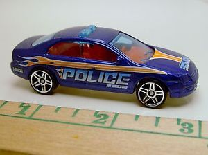 Hot Wheels Ford Fusion Police Patrol Car