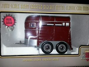Motor City Classics 1 18 Scale Horse Trailer Hand Crafted Die Cast