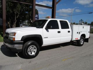 2007 CHEVY 4X4 3500 CREW CAB UTILITY SERVICE BED TRUCK