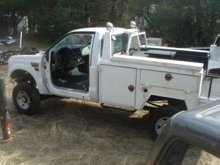 2008 Ford F350 4x4 Body with Welders 8ft Utility Bed Project Read