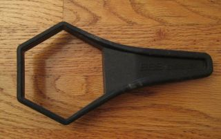 BBs Design Mazda BMW Wheel Center Hub Cap Removal Tool Wrench