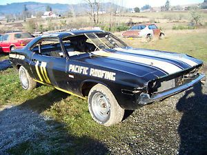 1970 Dodge Challenger Circle Track Race Car Parts Car