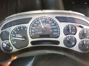 2003 2004 GMC Yukon Denali Speedometer Cluster Broken for Parts or Repair