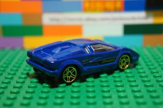 Hot Wheels Blue Lamborghini Countach Diecast Vintage Classic Car HW City Series