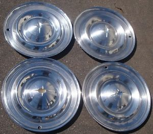 "14"" 1957 Oldsmobile Hubcaps Wheel Covers Classic"