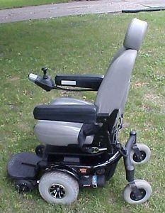 Clean 2004 Pride Jazzy 1103 Ultra Power Wheel Chair w Lift Seat