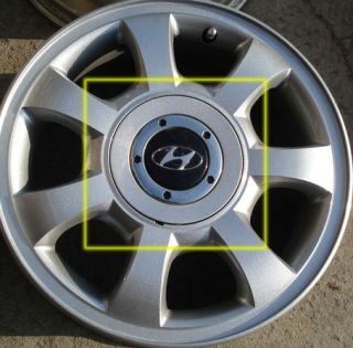 1pc of 1998 2002 Hyundai Grandeur XG Wheel Hub Cap