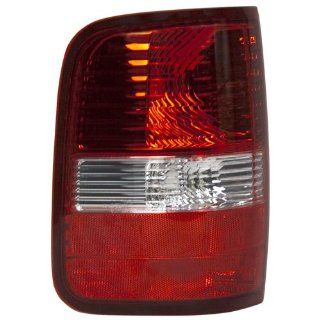 OE Replacement Ford F 150 Driver Side Taillight Assembly (Partslink Number FO2800182) Automotive