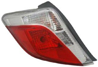 OE Replacement Toyota Yaris Left Tail Lamp Lens/Housing (Partslink Number TO2818150) Automotive