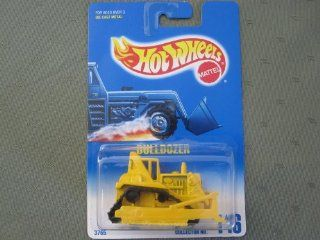 Hot Wheels Bulldozer #146 	Yellow w/Black Plastic Treads blue/white card Toys & Games