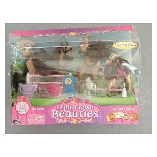 Triple Crown Beauties Tiny Champions   Showtime Jumps Horse Set Toys & Games