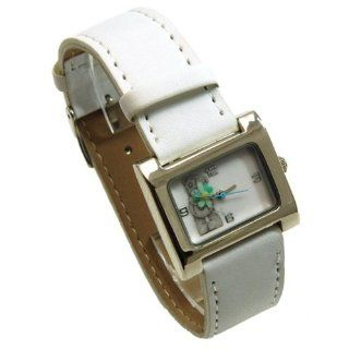 Me To You Tatty Teddy White Strap Watch MTY227C Me To You Watches