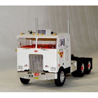 AMT 1/25 Peterbilt Cabover Pacemaker 352 Tractor Truck Model Kit Toys & Games